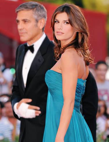 43 место: итальянская актриса Элизабета Каналис. Ее хочет не только ее бой-френд Джордж Клуни, но и несколько миллионов других мужчин.