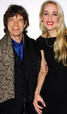 С Джерри Хол Джаггер прожил 22 года, пока она не подала на развод, устав терпеть его измены