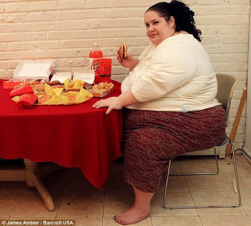 Женщина толстеет ради мужа