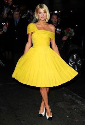 Пэрис Хилтон: жизнь в желтом цвете.