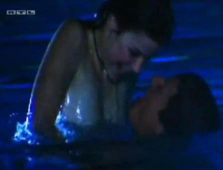 Секс фильм в бассейне