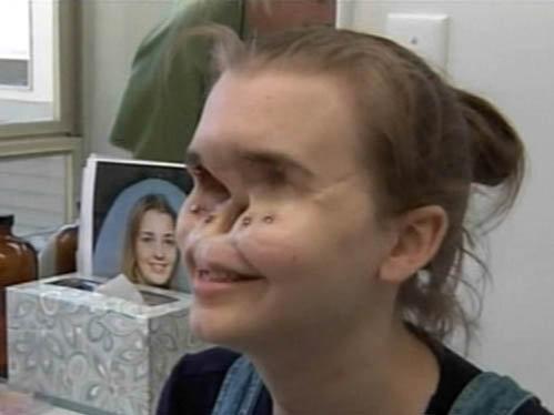Женщина залезла на лицо фото 3-375