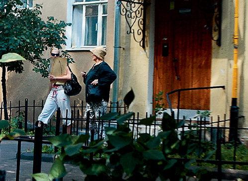 Нина Ивановна с дочерью Олесей