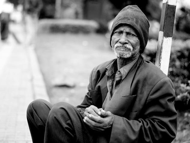 Каждый 7-мой житель россии оказался зачертой бедности