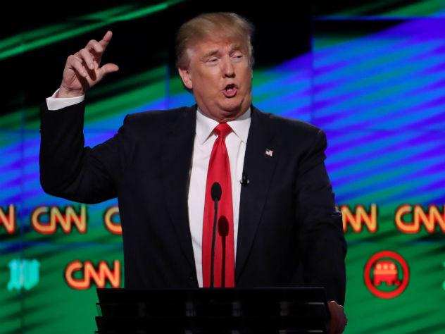 Видео «драки» Трампа с CNN бьет рекорды популярности