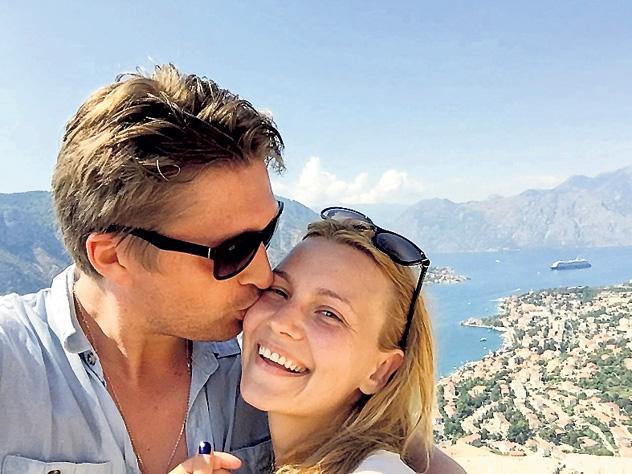 всей России актер дмитрий пчела личная жизнь и его жена Сбербанка карте адресу