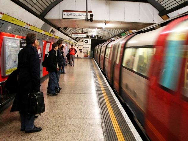 При задымлении в метро Лондона пострадали четыре человека