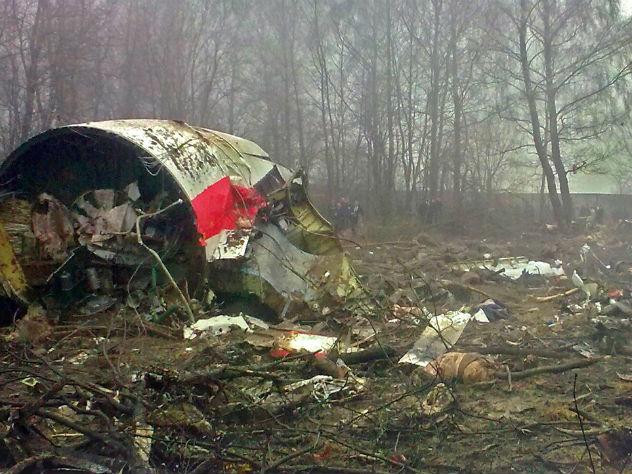 СК опровергает польскую версию крушения самолета Качиньского