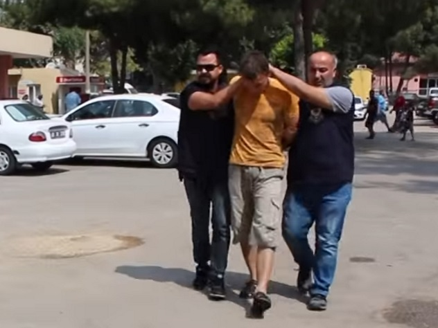 Задержанного в Турции россиянина приговорили к шести годам тюрьмы