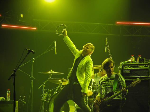 Лагутенко снялся в клипе в роли космического мстителя