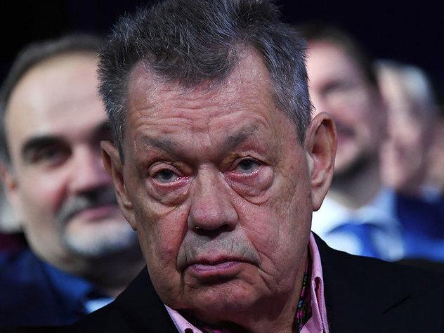 УНиколая Караченцова отыскали опухоль лёгкого