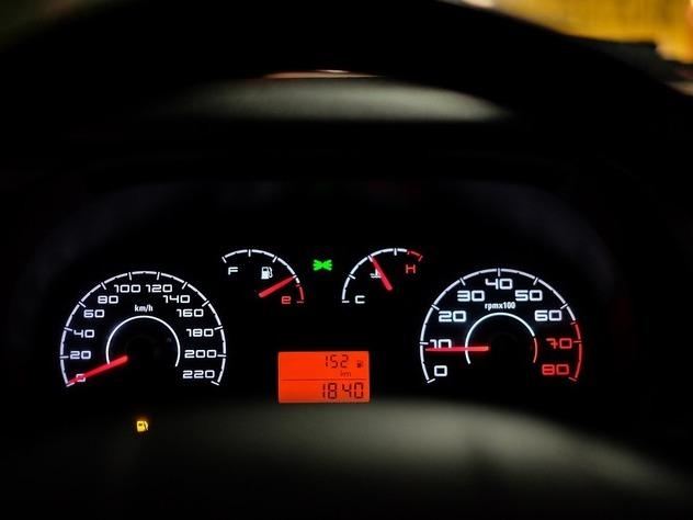 Исследование: загод траты русских автомобилистов увеличились на28%