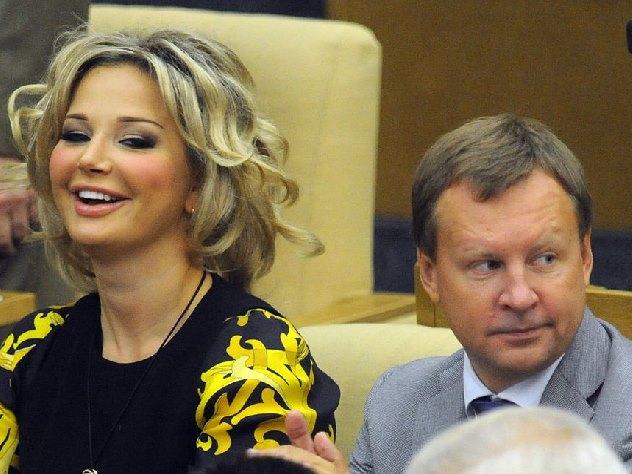 Бывший муж Максаковой добровольно пришел в Следственный комитет