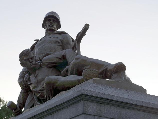 В Польше осквернили более 70 памятников советским воинам
