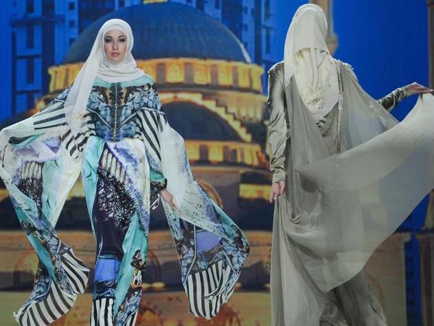 В «Зарядье» состоится показ платьев жены Кадырова