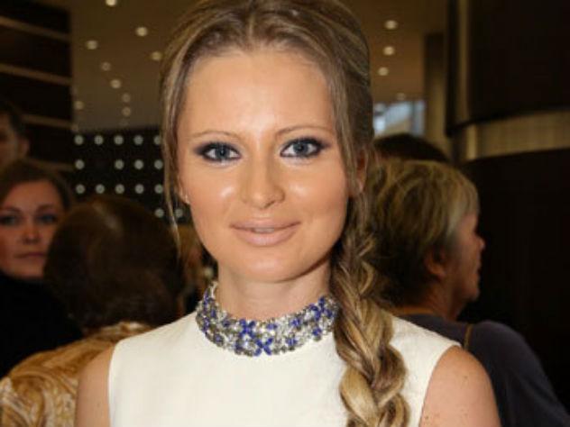 Дана Борисова пытается отправить в Таиланд известного рэпера