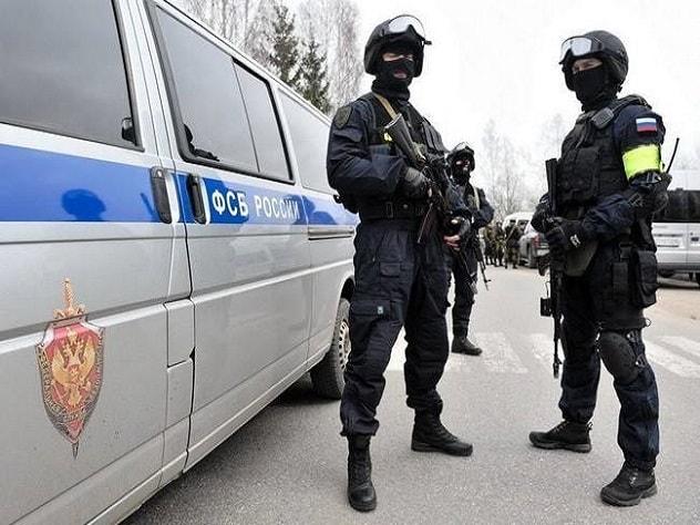 ФСБ задержала в Москве почти 70 экстремистов