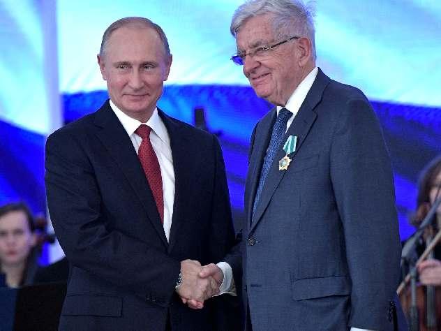 Французы и сербы высказались резко против антироссийских санкций