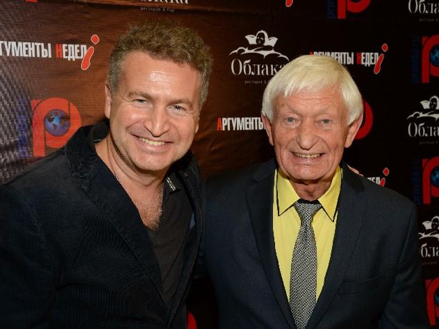 Агутин одобрил новую молодую подругу 82-летнего отца
