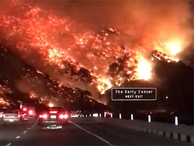Полыхающую Калифорнию назвали «адом на Земле»