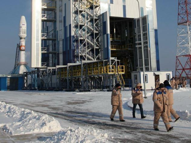 россиянин выпустил монеты обшивки настоящей ракеты