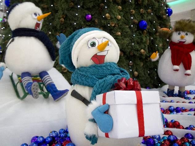 Интернет-магазины предупредили о проблемах с доставкой новогодних подарков