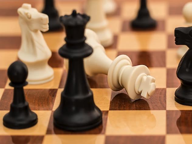 В Вологде дети сыграли в шахматы при помощи форвардеров