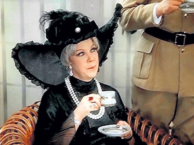 Почему «королева советской комедии» умерла в нищете
