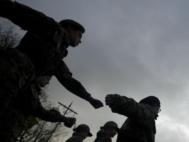 британский министр обороны объявил прохладной войне россией
