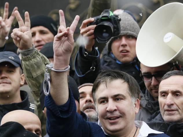 Саакашвили готов стать «спасителем» Украины