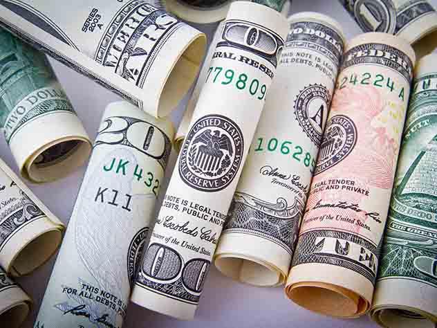 Иркутянин попал в тайскую тюрьму из-за фальшивых долларов