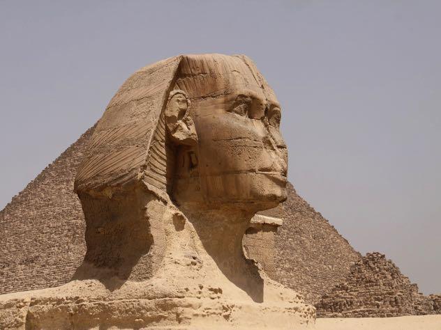 Путин возобновил авиасообщение с Египтом