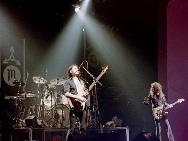 Гитарист группы Motorhead скончался от пневмонии