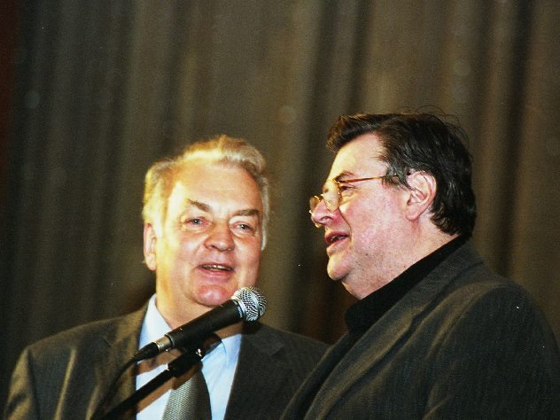 Олешко показал скорбящего по Державину Ширвиндта