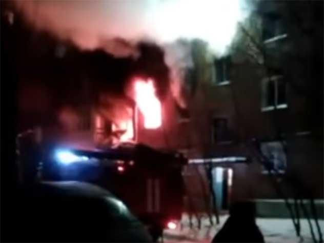 Появилось видео с места взрыва в омской пятиэтажке