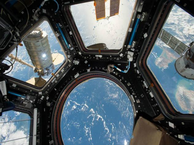 В небе над Москвой можно будет увидеть полет МКС