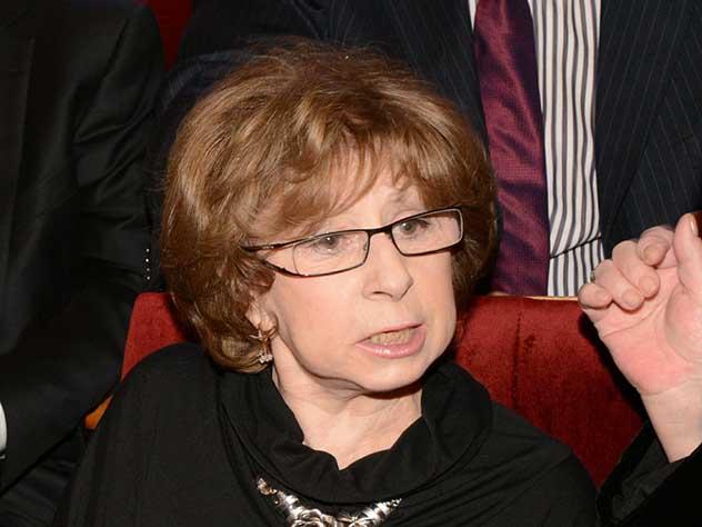 Ахеджакова высказалась о предложении не снимать критикующих Россию актеров