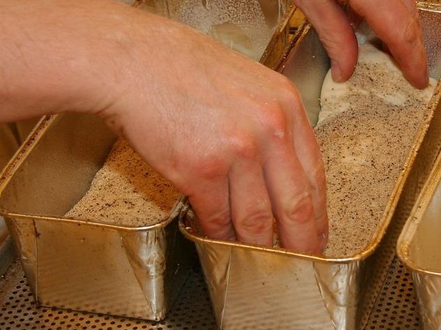 Выпечка хлеба стоила жизни пекарю