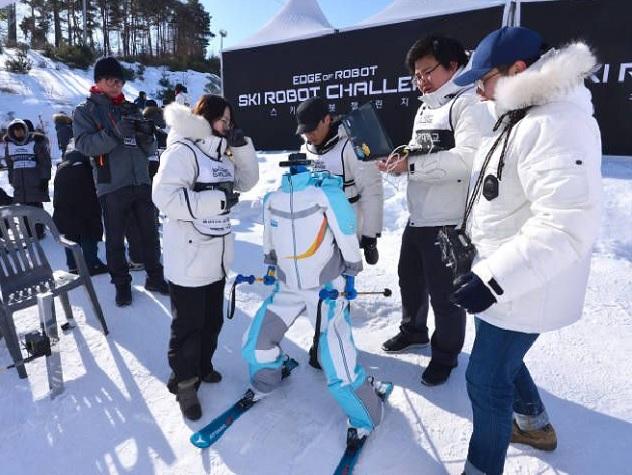 Турнир роботов-лыжников в Пхенчхане затмил выступления живых атлетов