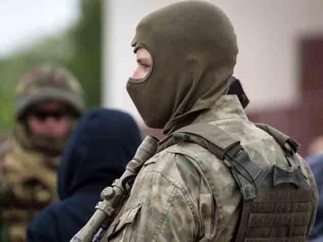 Неизвестный устроил стрельбу в одном из жилых домов в Казани