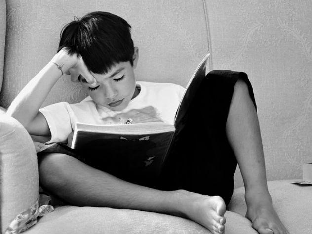 Омбудсмен назвала самые неприличные книги для детей