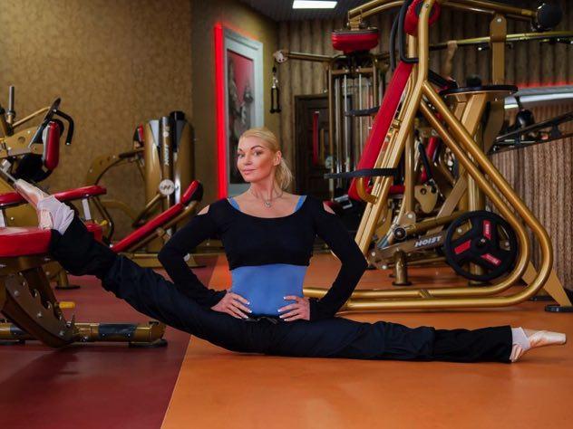 Помощница Волочковой прокомментировала слухи о беременности балерины