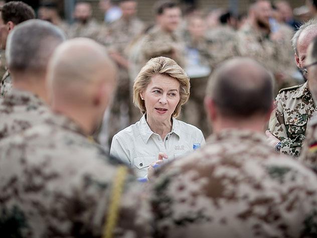 министр обороны фрг объяснила пугать россию силой