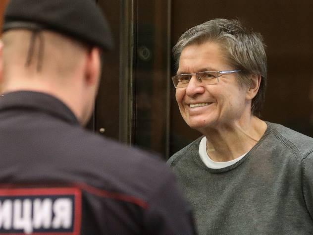Экс-министра Улюкаева могут отправить в «элитную» Иркутскую тюрьму
