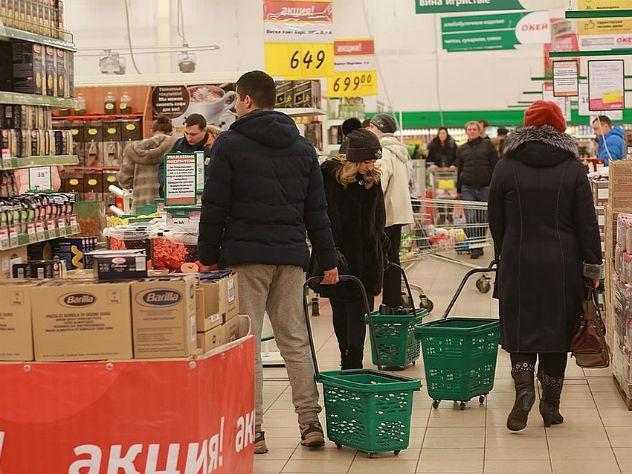 f28872a113a03 Фото: Мария ЛЕНЦ / Источник: на продукты семьи тратят больше половины своих  ежемесячных доходов.