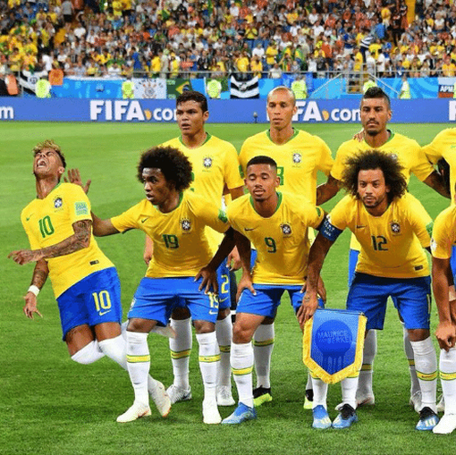 Неймар и гимн Бразилии