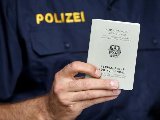 Картинки по запросу Австрия оказалась страной с самым дорогим паспортом