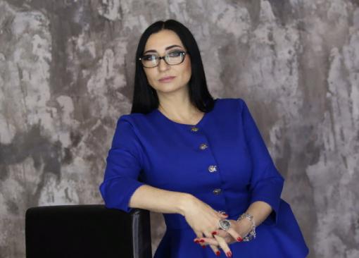 Таролог Марианна Абравитова рассказала, что ждет рубль в ближайшее время