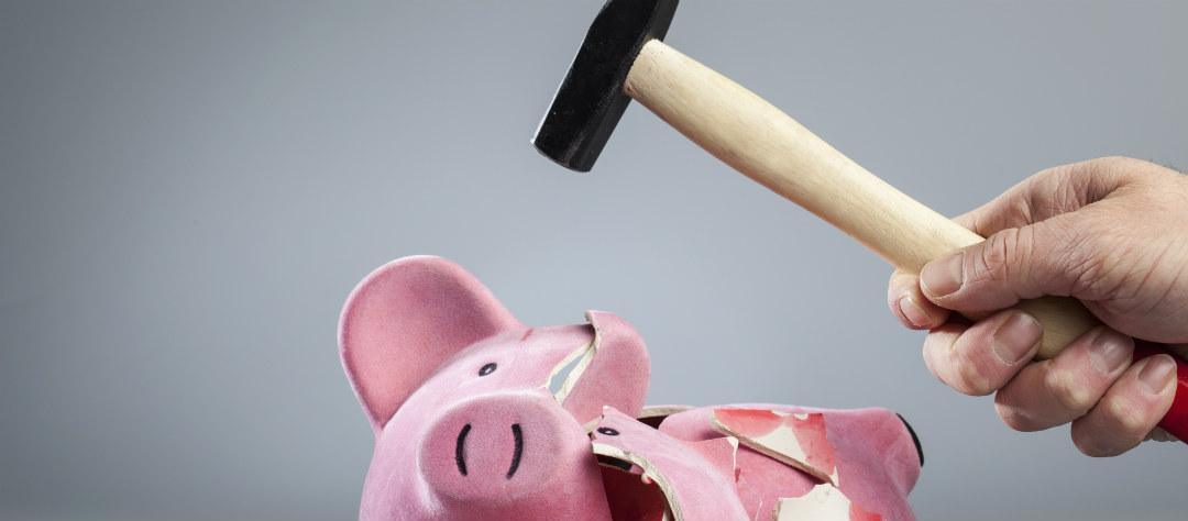 деньги в долг под залог автомобиля авто остаётся