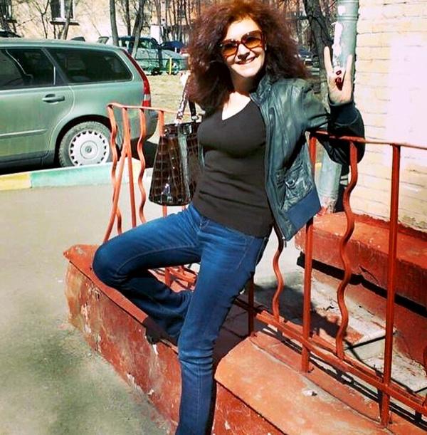 Сейчас 46-летняя Маша Кац (наша первая участница на «Евровидении») работает вокальным продюсером в МХТ им. Чехова. Живет с 19-летней дочкой, которую родила от депутата Сергея Петренко. Серафима хочет быть певицей